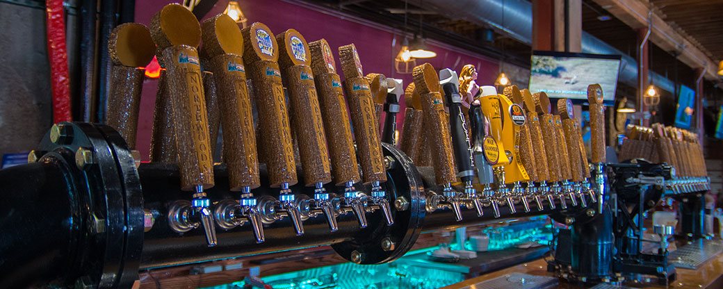 banner_tap-handles-northwoods-brewpub-osseo