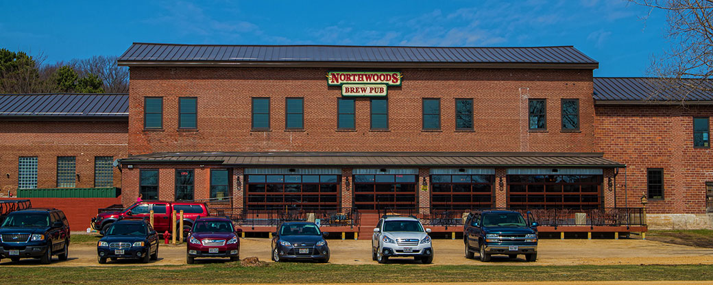 banner_northwoods-brewpub-exterior-medium